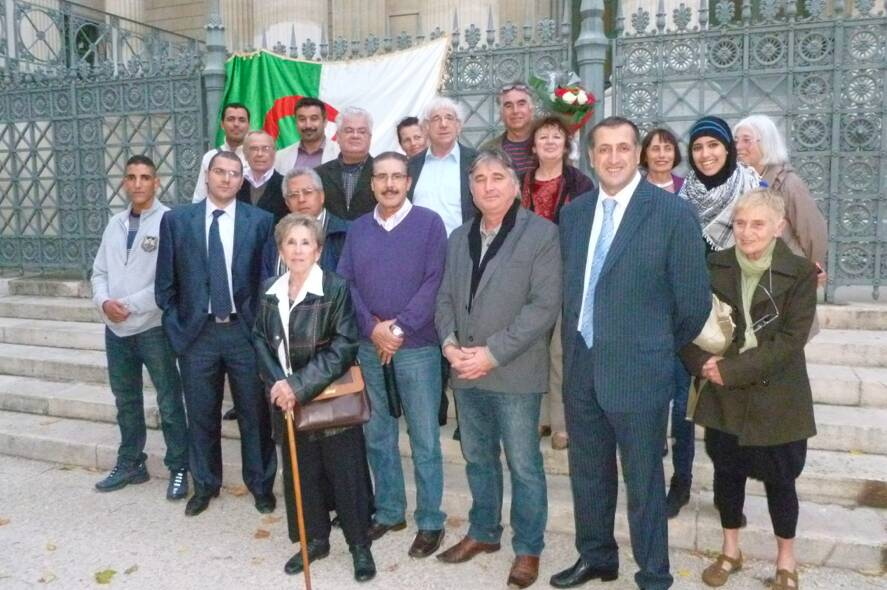Photo of FRANCE-ALGERIE : Le sentiment des Gardois algériens face à la visite de F.Hollande