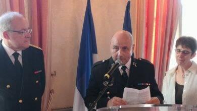 Photo of IMAGE DU JOUR Le capitaine Didier Richard honoré à la préfecture