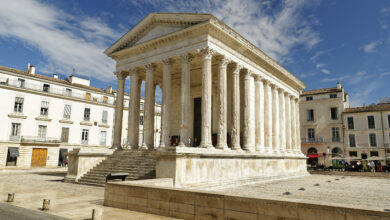 Photo of NÎMES Violences sur sa grand-mère et agression au couteau à la Maison carrée : un homme écroué