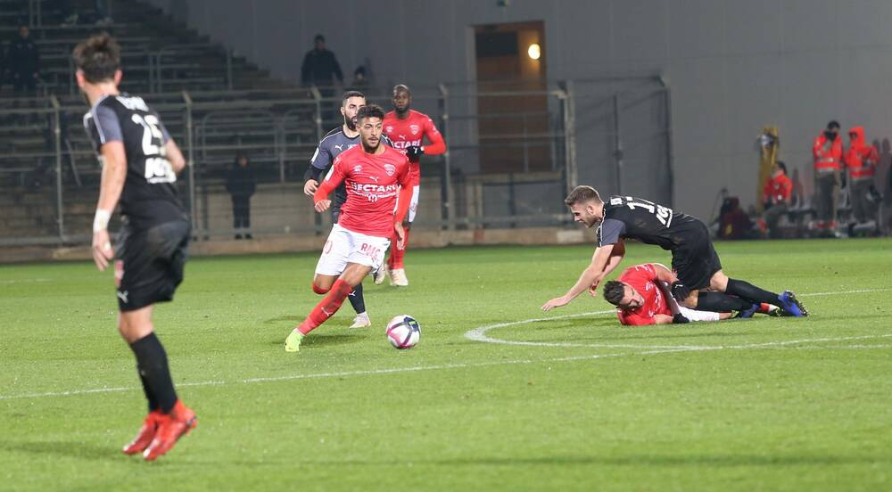 16 EME JOURNÉE DE LIGUE 1 CONFORAMA : STADE MAHERBE DE CAEN / NÎMES OLYMPIQUE   N%C3%AEmes-Olympique-SC-Amien-Photo-Anthony-Maurin-16-e1543952995314