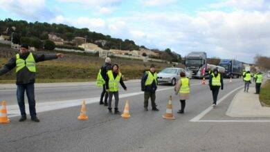 Photo of SAINT-NAZAIRE Les Gilets jaunes mettent en place un barrage filtrant