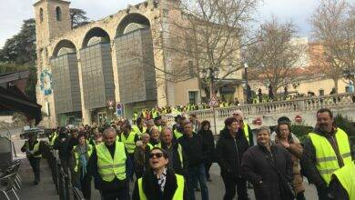 Photo of ALÈS Les Gilets jaunes font du bruit en centre-ville