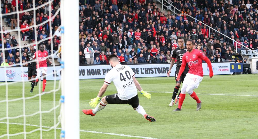 27EME JOURNÉE DE LIGUE 1 CONFORAMA : NO - SRFC - Page 4 N%C3%AEmes-Olympique-Stade-Rennais-Photo-Anthony-Maurin-6