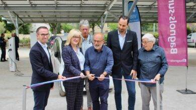 Photo of BAGNOLS Les ombrières du parking de la Cèze (enfin) inaugurées