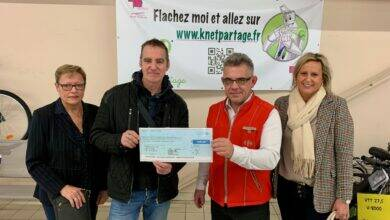 Photo of BAGNOLS/CÈZE Carrefour Market remet un chèque de 3 600 euros à K Net Partage